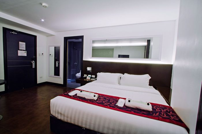 Hotel-Fina-Deluxe-Room-3